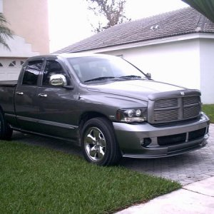 Ram Addiction's 05 Hemi (pic2)