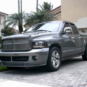 Ram Addiction's 05 Hemi (pic3)