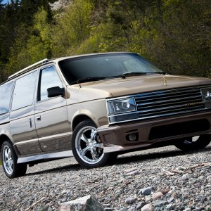 1989 Plymouth Voyager